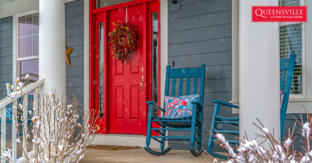 4 Winter Front Porch Decorating Ideas That'll Enhance Your Exterior Entryway